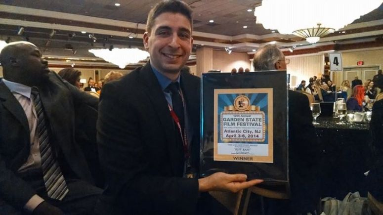 Director Jeremy Weiss receiving Lou Costello Award at Garden State Film Fest
